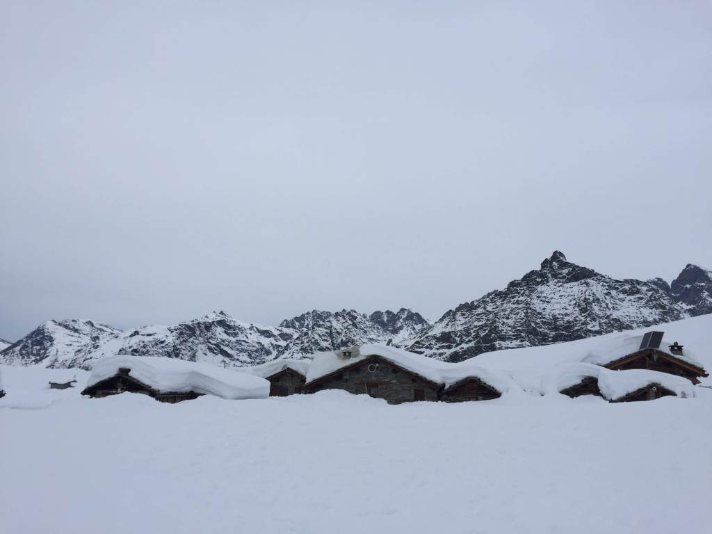 Rifugio Cristina. Winter hiking in Valtellina, Italy. Valmalenco.