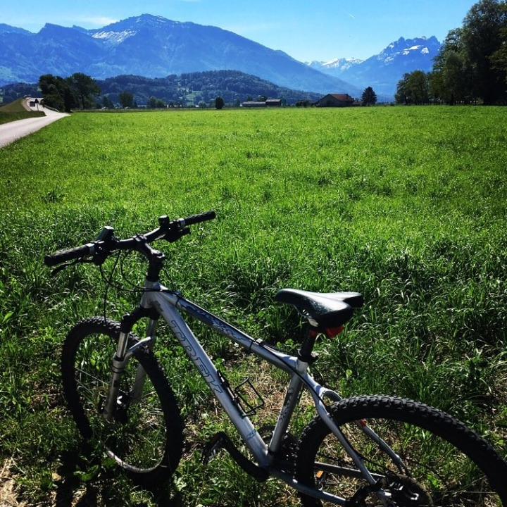 Discover your local area on 2wheels