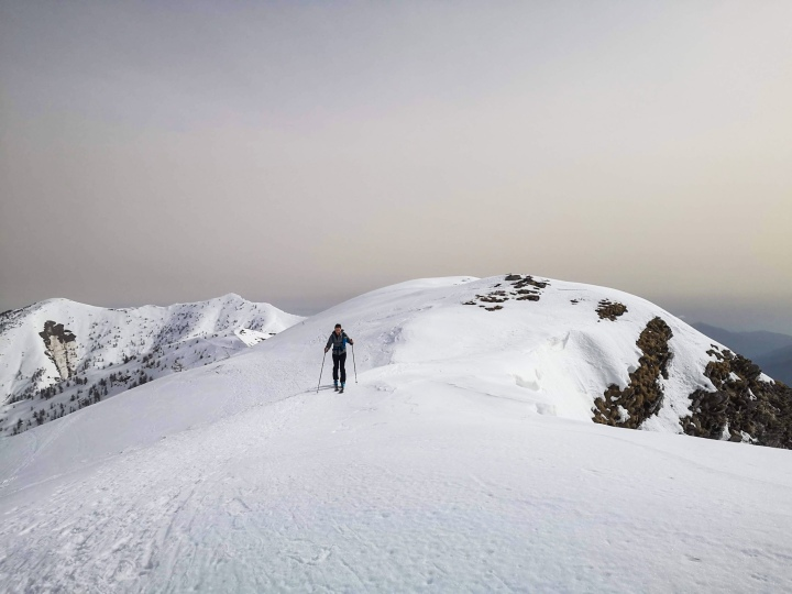 5 Reasons To Try SkiTouring